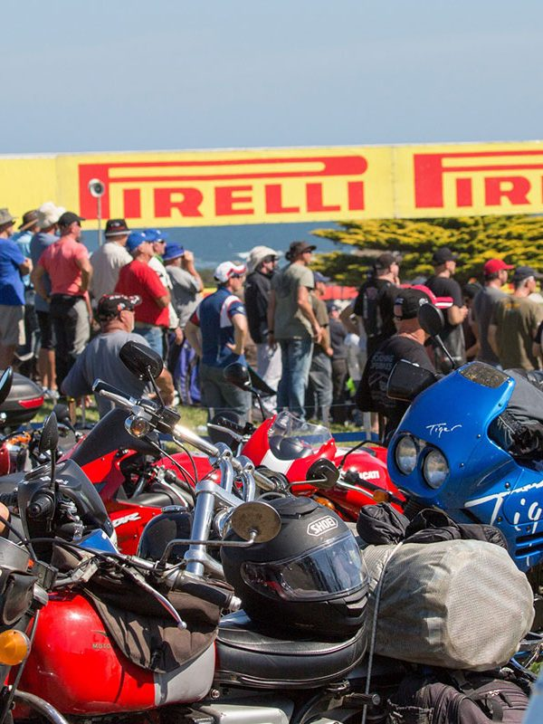 img-worldsbk-get-tickets-general-admission-featured
